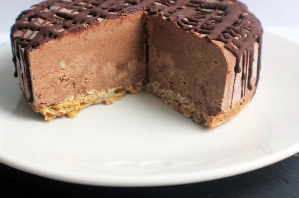 http://www.slimbites.gr/wp-content/uploads/2018/09/cheesecake-sokolata-me-mpananes.png